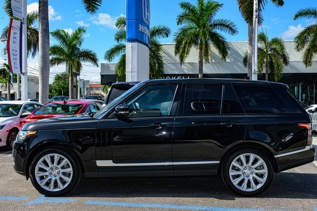 Pre-Owned 2016 Land Rover Range Rover 5.0L V8 Supercharged